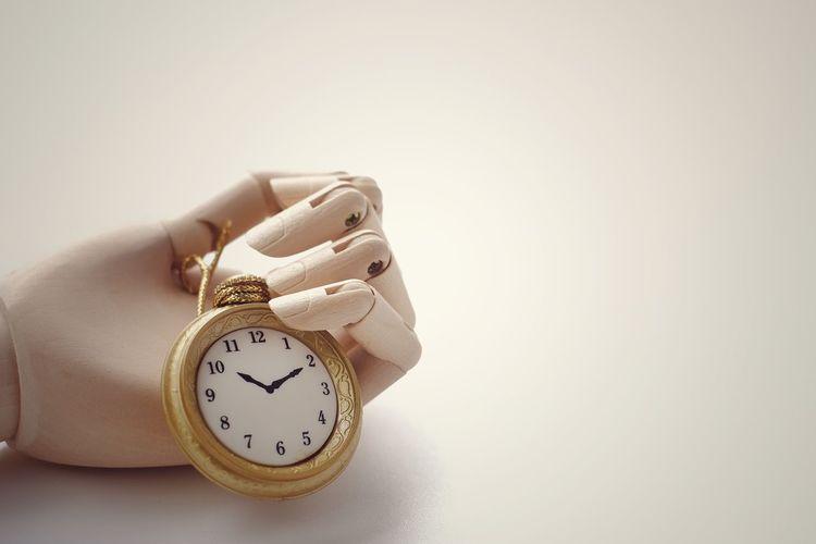 clock in wooden