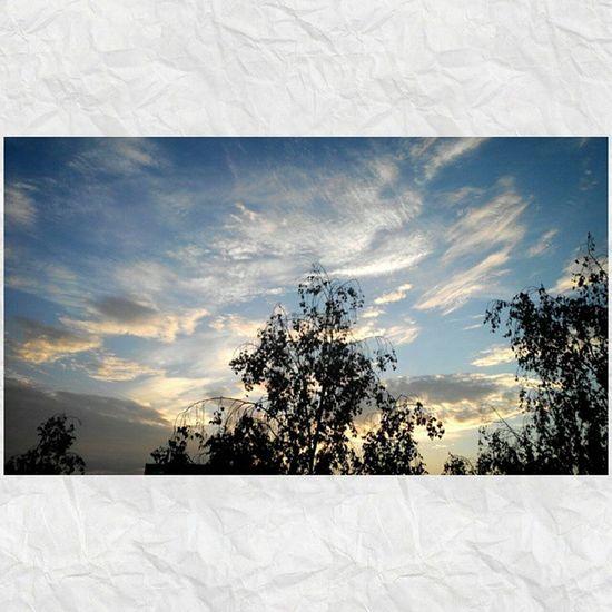 Солнышко всходит и небо светлеет, Природа проснулась и утро пришлооо... 🌅🌞🌁 доброеутротатарстан небо облака утро 4часарассветgoodmorningskymorning4amsunrise