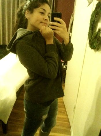 Totally Bumming It Dimple  Hi! Hanging Out couple more days till my birthday yay...