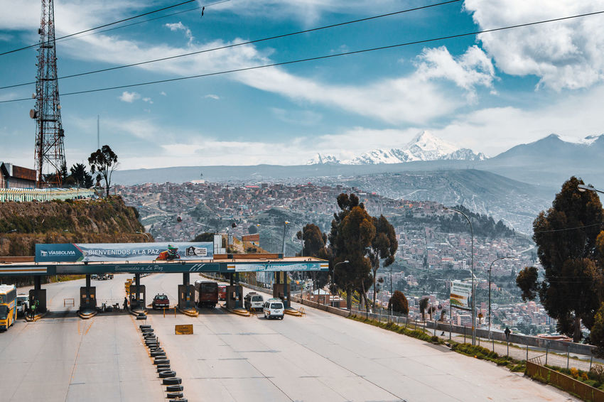 And down again from El Alto to La Paz. Sucre is Bolivia's capital. Before it was La Paz - the highest capital city in the world. City City Life Cityscape El Alto La Paz Latin America Road Travel Urban Exploration Adventure Cityscape Connection Day Electricity  Mode Of Transportation Mountain Nature Outdoors Public Transportation South America Street Transportation Travel Destinations Urban Urbex The Street Photographer - 2018 EyeEm Awards