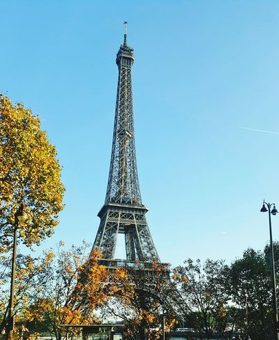 Cityscape Sky Arts Culture And Entertainment City Tower Paris, France  Eiffel Tower Eiffeltower🇫🇷😛😛 Eiffel Tour Eiffel Autumn🍁🍁🍁 Autumn