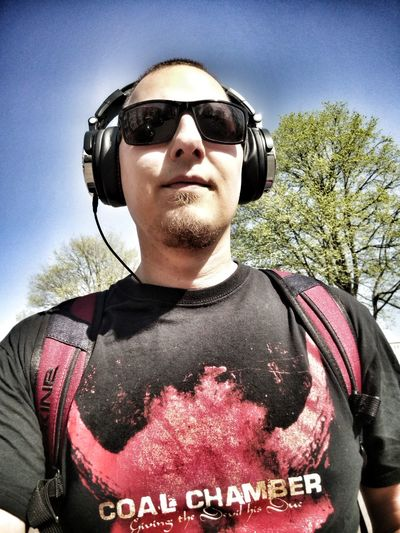 Listening to Slipknot and enjoying the spring/summer weather. Listening To Music Coal Chamber Portrait Tree Sunglasses Sky Headset Eyewear