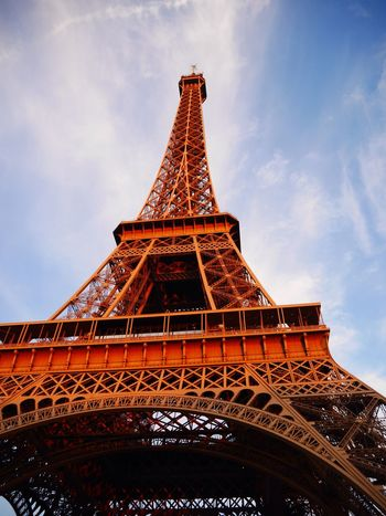 Hello Miss 😊 Effel Tower Paris Nofilter Allysdms Panasonic  Lumixgx7 Enjoying Life France Love