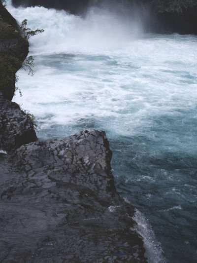 Saltos del Petrohué Beauty In Nature Chile Naturaleza🌾🌿 Nature Outdoors Petrohué Rapidos Rock - Object Saltos Del Petrohue Scenics Travel Destinations Water