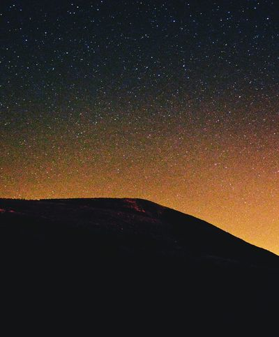 Midnightphotography Stars Cam Peak In Gloucestershire Starry Night Starry Starry Night Nightphotography