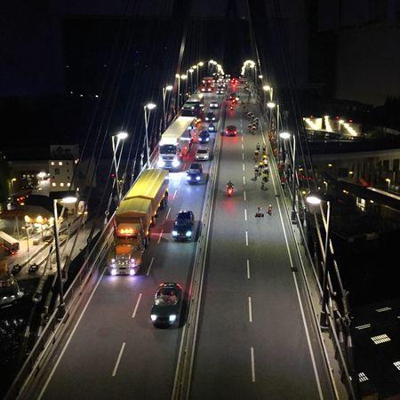 Miniaturwunderland Hamburg Brücke Bridge Köhlbrandbrücke City Traffic Car Street Light Road