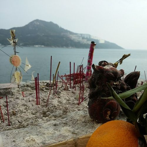 Joss Stick offering at the Paktaitemple in Stanley , HongKong . Southchinasea