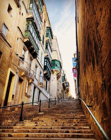 Limestone City Life Lifestyles Apartment Baroque Style Walled City Old City Capital Cities  UNESCO World Heritage Site Travel Europe Old Cityscape City Stairs Architecture Built Structure Building Exterior Sky Steps Staircase Steps And Staircases Travel Destinations Outdoors