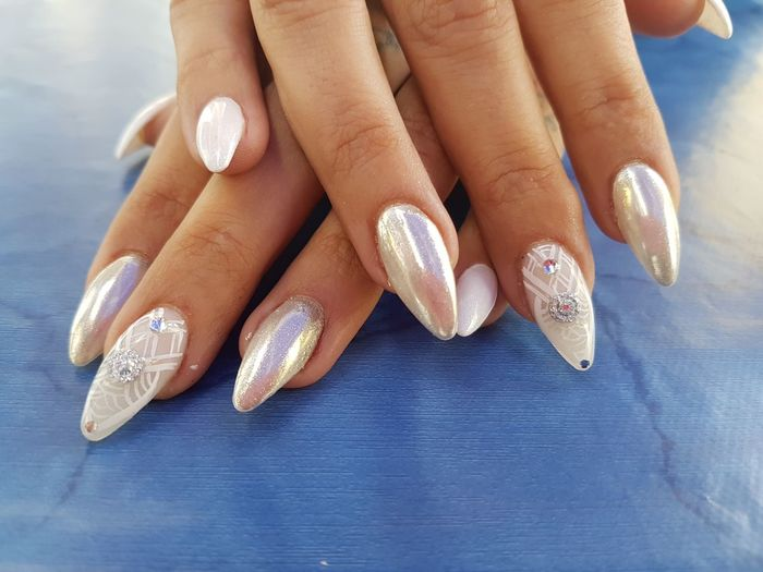 EyeEm Selects Nails Unghie Geometricnails Mirrornails Olographicnails Elegantnails Human Hand Nail Art Manicure Fashion Painting Fingernails Only Women Unghie Passionnails Nailspassion Nailswag Nailsdesign Nails And Jewelry Nails2inspire Nailssart Unghie Uñas