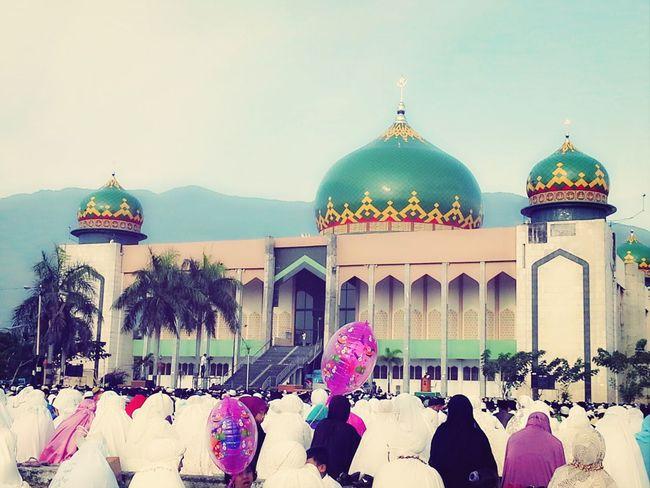 all ummah listening to the khutbah after shalat eid Eid Mubarak Masjid My Hometown
