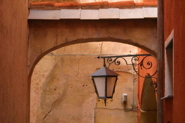 Architecture Orange Color Perspektive Liguria,Italy Lamp Dorf häuser Bogen