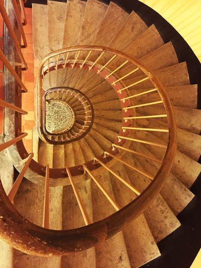 Escalier En Colimaçon Spiral Steps Architecture Spiral Stairs Familistere Godin Spiral Staircase