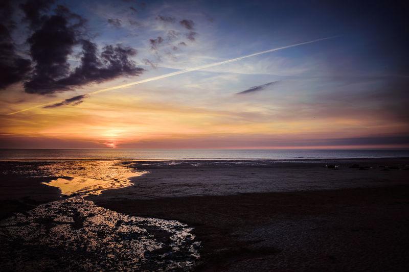 Newquay Watergate Bay Beach Cornwall Horizon Over Water Sand Scenics Sea Sunset Tranquil Scene