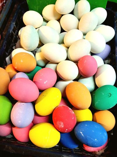 color of eggs