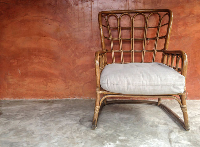 Rattan chair on concrete floor with brown wall Floor Interior Elégance Living Rattan Retro Room Wall Background Blank Brown Cement Chair Concept Concrete Design Furniture Grunge Idea Material Seat Structure Style Surface Vintage