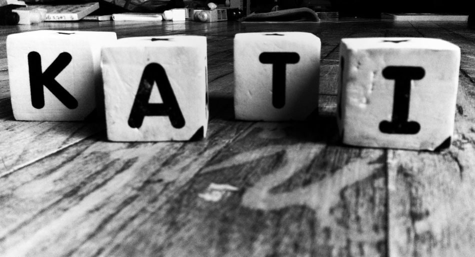 Noir Kati Blocks Could not find the letters H and Y :/