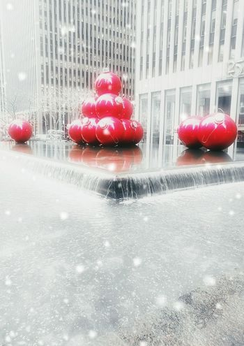 Snow New York City Christmas Tree Christmas Around The World Christmas Time Christmas Decoration Christmas Ornaments City Urban Skyline City Street Tourism Outdoors Modern Street Christmas Ball Da y