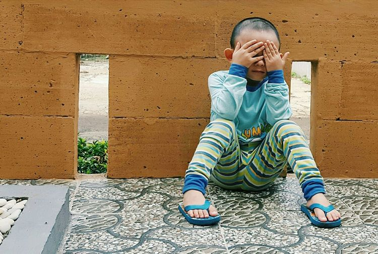 RePicture Growth Showcase: December Kid Boy Peekaboo Playing