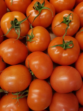 Vegetable Healthy Eating Freshness Food Food And Drink Abundance Large Group Of Objects Backgrounds Full Frame Stack Red Close-up Market Nature Outdoors Day Fruit Tomato Tomatoes Tomatosauce Market Supermarket Gardening Garden Bio Food
