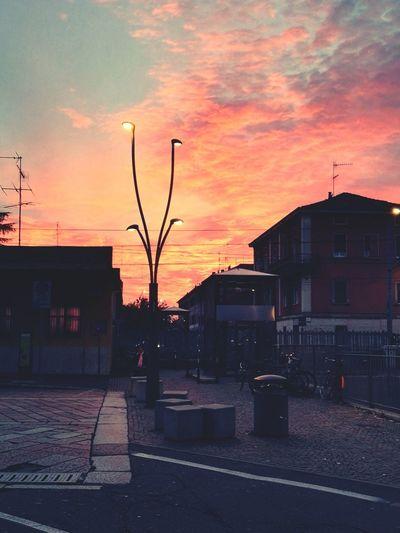 Sky Clouds And Sky Sun Is Bleeding Sunset Going Nowhere Hello World Taking Photos Having Fun