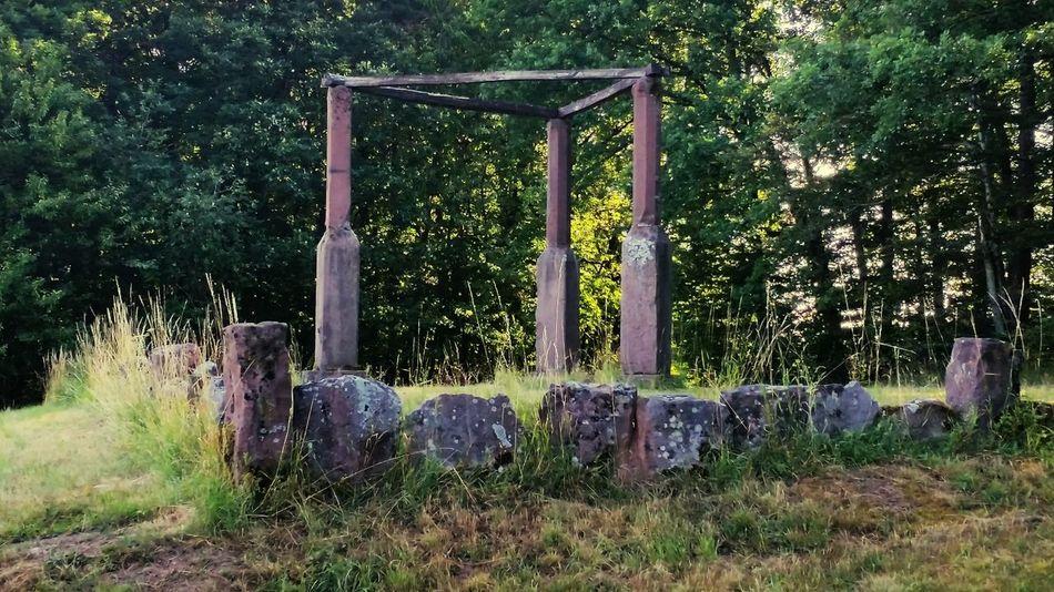 Galgen Mittelalter Architektur Mittelalter Todesstrafe Bestrafung Finding New Frontiers Minimalist Architecture EyeEm Selects
