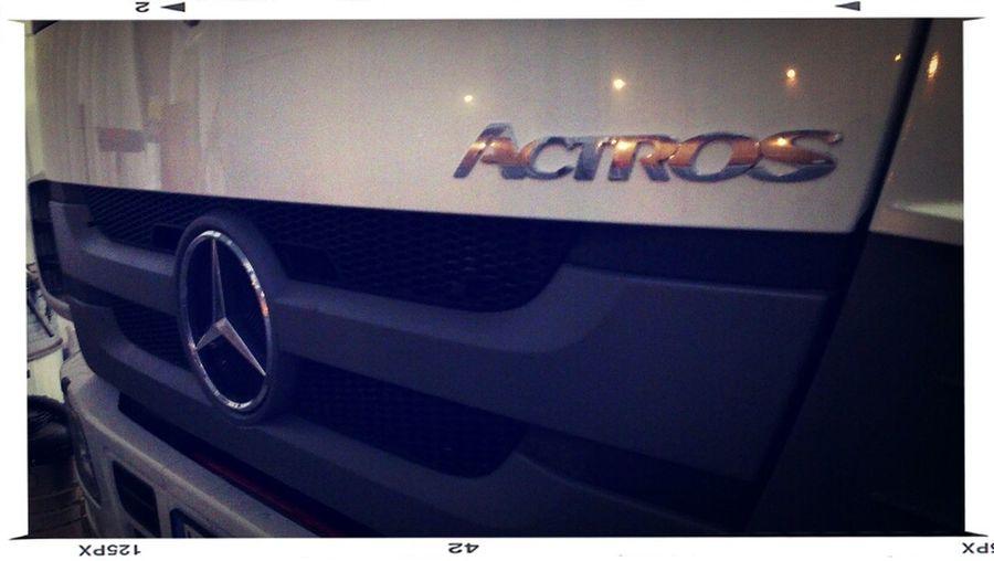 Görans nya lastbil. Truck HTC One X Lastbil Mercedes