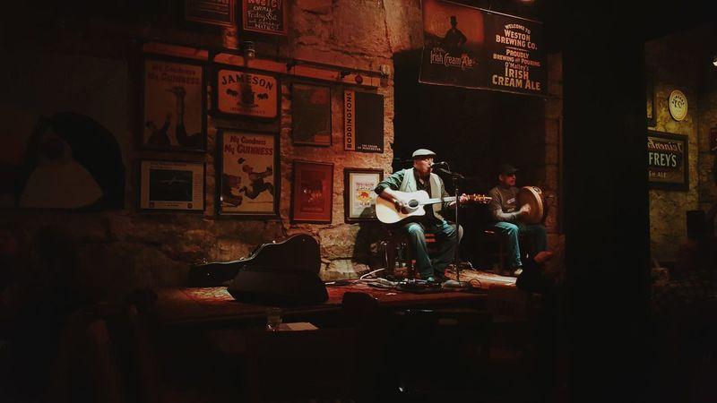 Irish Pub Irish Folk O'Malley's Pub