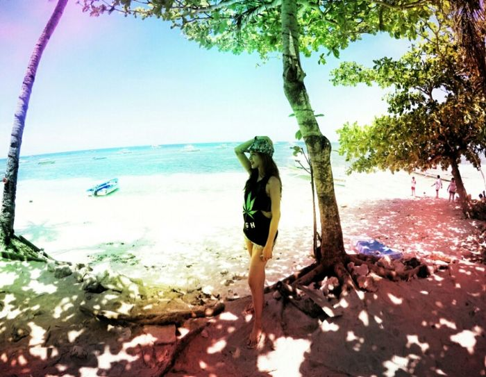 Reminiscing 😊 summer in the philippines isn't over yet 😍 Rastafarian Colorful Colorsofsummer Beachbum Beach Photography Lifeiswonderful Godsgift Ilovenature Beachbaby Beautiful ♥