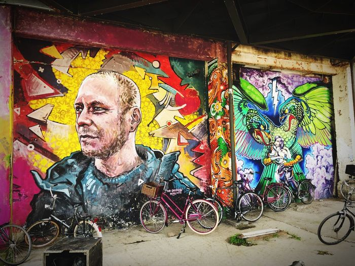 Graffiti Multi Colored Creativity Art And Craft Wall - Building Feature One Person Real People Street Art Lifestyles Built Structure Wall Mural