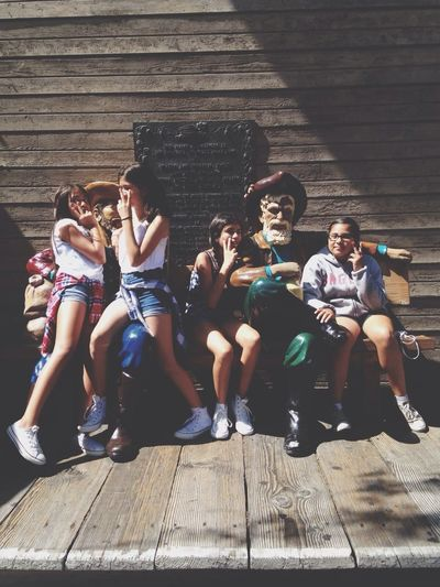 Knotts with the mains