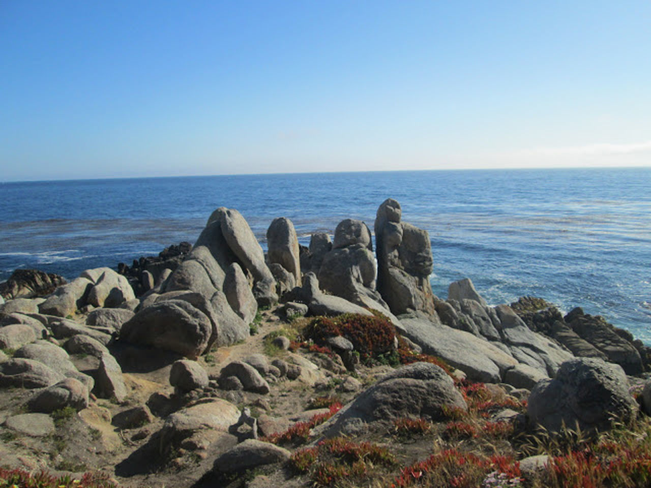 sea, horizon over water, rock - object, nature, water, beauty in nature, scenics, tranquil scene, tranquility, clear sky, blue, sky, beach, outdoors, day, no people