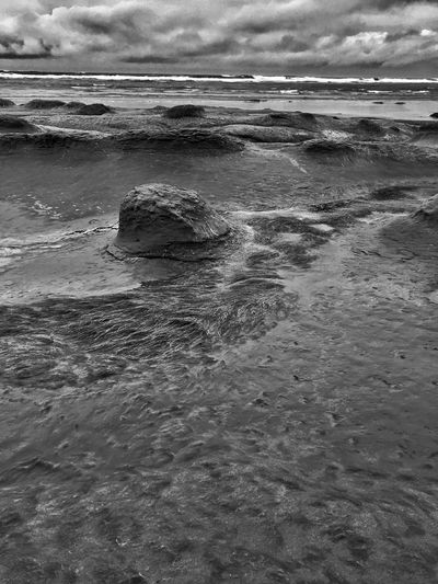 Black & White Water Sea Sky Nature Cloud - Sky Scenics Outdoors Beauty In Nature Beach Wave Shore Abstract Nature Textured  Horizon Over Water Abstractions In Nature Landscape Sand Shapes In Nature  Backgrounds
