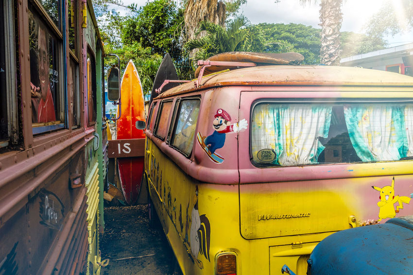 Surfers Paradies Bus Car Culture History Land Vehicle Men Mode Of Transport Narrow Ornate Real People Street Surf's Up Surfers Paradise Transfer Print Transportation Travel