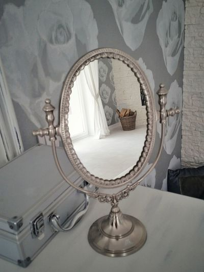 Old-fashioned Indoors  Close-up Interior Design Mirror Mirror Reflection PhonePhotography My Point Of View Mirrorshot Hamper, Creel, Pannier, Bushel; Wicker Basket; Mocuck Hamper Firewood Stack Beautifulroom EyeEmNewHere Neon Life Breathing Space Domestic Room Lifestyle Home Domestic Life
