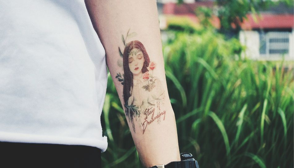 Stay Dreaming. Color Tattoo Tattoophotography Tattooedgirls Forearm Tattoo Tattoo Human Body Part Focus On Foreground Real People Lifestyles Hand