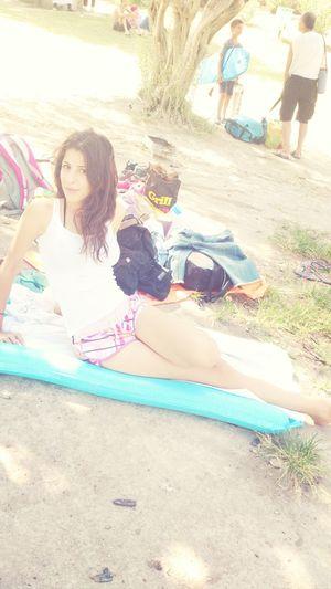 Enjoying Life Hanging Out Enjoying The Sun Pool
