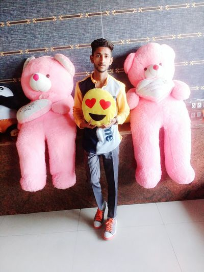 Styles #Dress Farmaan Mughni Lounge Club Hukka Hukkahlover Lounge Bar Teen #JustMe Smart Dashing Followme Like Like4like Follow Brand Branch Toy Toys Atmosphere Model Full Length Men Sport Sports Uniform Fan - Enthusiast Portrait Stuffed Toy Athlete
