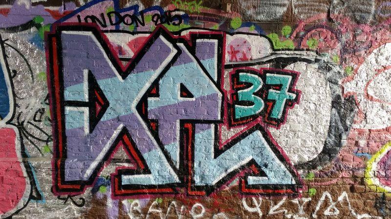 Graffiti Writers Urban Tagging Taking Photos Train Tunnel Welcome Art