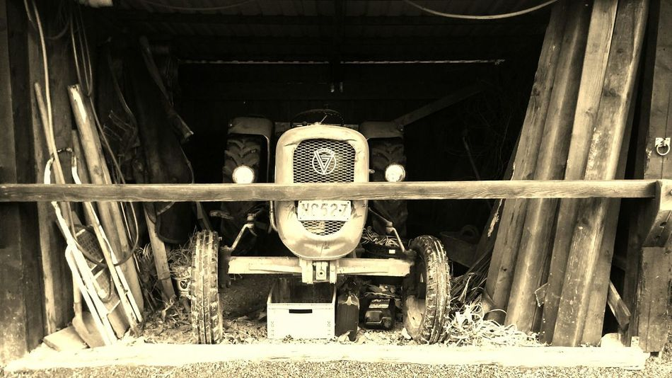 Old Machines Old Tractors Machines Tractors Black & White