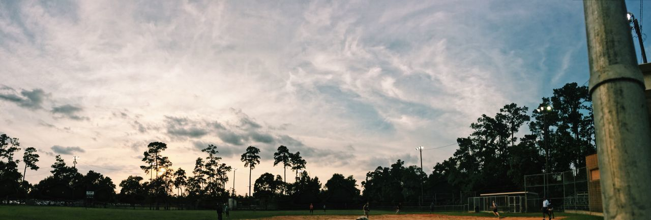 Scenic bliss Sky Grass Cloud - Sky Playing Field Competitive Sport Beauty In Nature Tree Nature Low Angle View Competition Outdoors No People Day Sports Team EyeEm Best Shots - Nature EyeEmNewHere Houston Eyeem Market