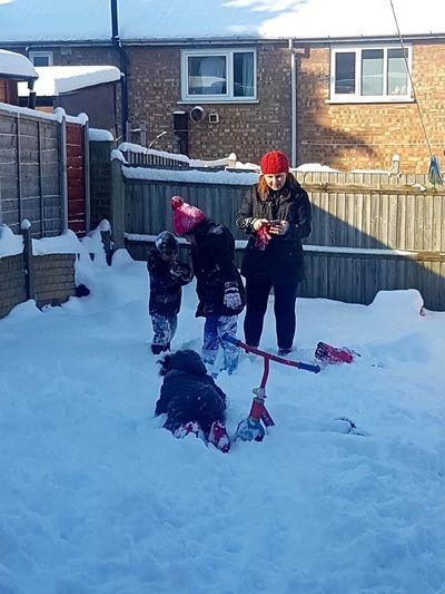 fun times Weather Snow Fun Times ^_^ Taking Photos Cold Temperature Snow ❄ Family