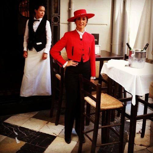 Tiopepe @tiopepe de @gonzalezbyass en Malaga , para disfrutar del Fino mas Universal en la calle Larios . Un Lujo y un Privilégio para la gente del Vino . Donde vayas, que de los tuyos haya!!