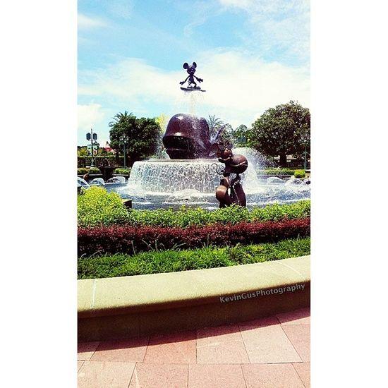 Mickey Mouse HK Disneyland Discoverhongkong Travel Explorehk Travelasia hongkong hk hktourism hongkongtourism discoverasia discoverhk samsung samsungphotography phonephotography s2 travelandleisure leisure fun wanderlust disney disneylandhk