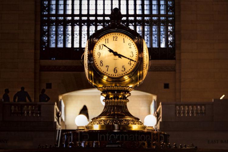 Clock Grand Central Station Grand Central Terminal New York New York City Manhattan Time Transportation Transit Metro