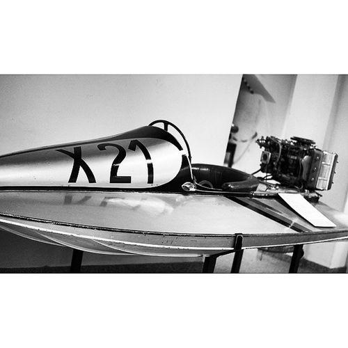 Interesting Speedboat . Shipping  and Marine exhibition at the DeutchesMuseum museum. Taken by MY SonyAlpha Dslr A57 . münchen Munich bayarn Bavaria Germany Deutschland. متحف قسم سفينة يخت ميونخ المانيا بافاريا