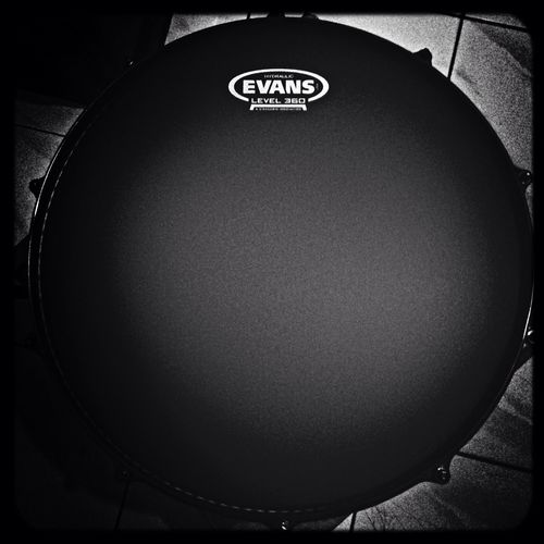 Snare drum sonor ascent drumhead evans black chrome