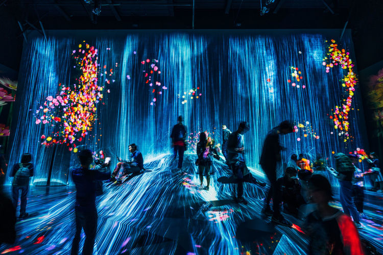 Group Of People Crowd Large Group Of People Illuminated Real People Night Indoors  Women Enjoyment Arts Culture And Entertainment Men Motion Nightclub Adult Nightlife Event Standing Lighting Equipment Music Light Stage Dance Floor TeamLabBorderless TeamLab