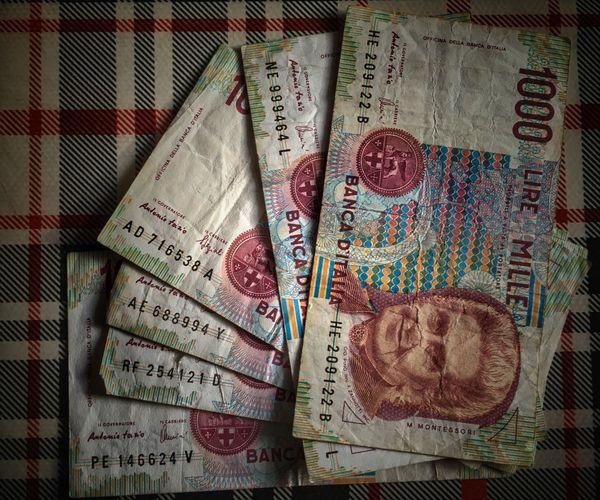 Money Money Money Money Money Around The World Moneymoneymoney Cash Cashmoney  Cash Money Cash Flow  Lire Banca D'Italia Italy