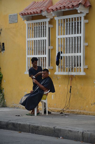 Barber Life Cartagena Colombia Hairstyle Life On Street Man Street Street Life Street Photography Streetphoto_color Streetphotography Summer
