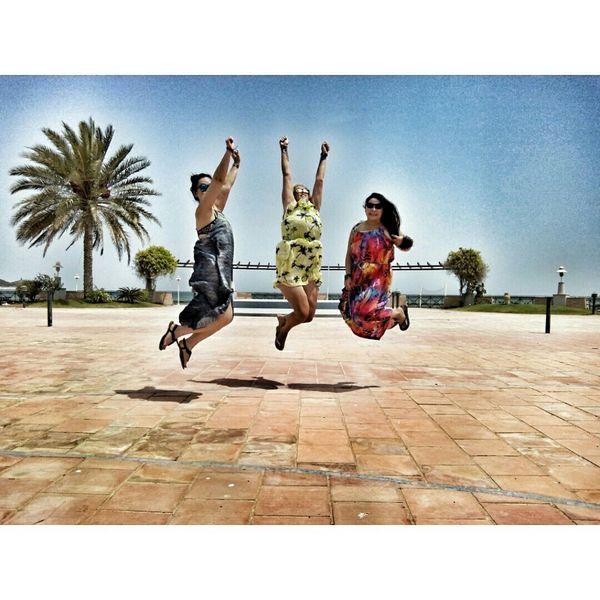 Capturing Freedom Taking Photos Enjoying Life Dubai❤ Friends Jumpshot